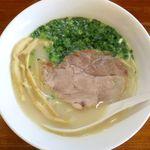 麺屋 菜々兵衛 - 鶏白湯塩ラーメンのアップ