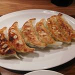 渋谷餃子 - 焼き餃子にしました