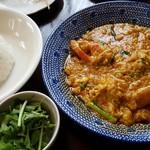 マンゴツリーカフェ - カニと卵のカレー炒め