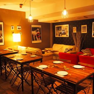 大人数のパーティーにもご対応可能なテーブル席!
