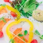 LOHAS - 生野菜のカルパッチョ(20時半以降の提供になります)