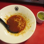 東京MEAT酒場 - 残ったソースにスープin