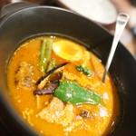 咖喱&カレーパン 天馬 - 豚角煮とたっぷし野菜