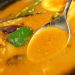 咖喱&カレーパン 天馬 - スープ