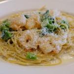 セントベーネ - 小海老とアンチョビクリームのスパゲッティ