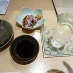 和たなべ屋 - 料理写真:くろうぐ 純米大吟醸、つきだし