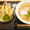 めい泉 - 料理写真:海老天盛りうどん¥690。コスパ最高です。