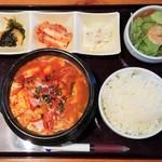にっこりマッコリ - 純豆腐チゲ定食 790→540円