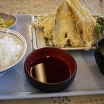 ばんや - 白身魚の天ぷら定食