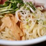 燦燦斗 - 中太平打ちの自家製麺