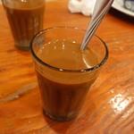 タン・カフェ - ベトナムコーヒーはインスタントでした