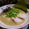 博多長浜らーめん 六角堂 - 料理写真:らーめん680円