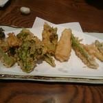 権八 - 春野菜の天ぷら