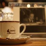 DUG - ウインナーコーヒー (¥700)