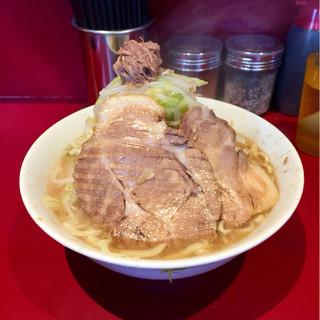 ラーメン二郎 - 料理写真:小ラーメン 麺半分野菜マシ
