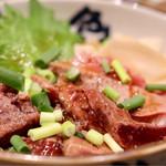 丸の内天ぷらめし 下の一色 - 鯨レアステーキ丼
