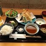 穂の花 - 天ぷら御膳(1600円)
