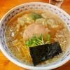 支那そば晴弘 - 料理写真:海老わんたんそば醤油味\1050(17-02)