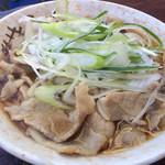 南天 - 肉そば(430円)