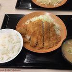 かつや - 料理写真:ロースカツ定食(感謝祭価格583円税込)