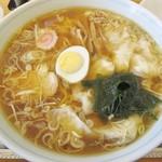 62638203 - 「ワンタン麺」(918円)です