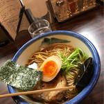 62646091 - 醤油ラーメン(880円)