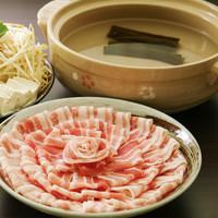 自慢の鍋料理が並ぶご宴会コースを多数ご用意
