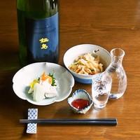 ■京都の地酒や全国の日本酒が常時20種類!一杯350円~