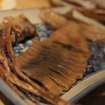 日本のお酒と浜焼料理‐ウラオンサカバ‐ - 丸干しスルメイカ 肝入り