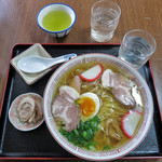 喜八屋うどん店 - 料理写真:中華そば