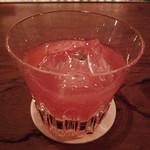 Bar 長屋 - グレープルルーツとクランベリーのカクテル