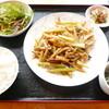 中華料理 李香 - 料理写真:【ランチ】日替りの豚肉とセロリとじゃがいもの炒めもの。鷹の爪がいっぱい入っていましたが、そこまで辛くなく、おいしかったです。