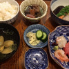 和食処 繁 - 料理写真:刺身と煮物 ¥1,080