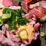 肉寿司 - 肉寿司!右後ろ肉の上(黒いの)トリュフ