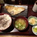 白銀屋 - あこう鯛の干物定食御飯大 ¥930.-