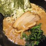 麺屋 葵 - 味噌ラーメン(800円)