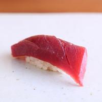 西麻布かみくら - 赤身(lean tuna)