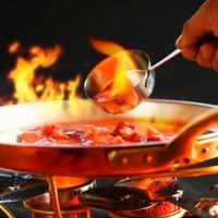 大人スウィーツ:苺のクレープシュゼット~甘み広がるストロベリーソース~