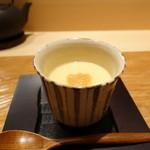 62758987 - 中にはパルメジャンチーズ、このわたの乗った茶碗蒸し