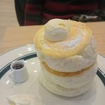 gram - 11時、15時、18時、各時20食限定プレミアムパンケーキ。