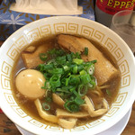 62773751 - 讃岐レトロ醤油ラーメン+煮玉子