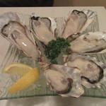 ネリマ オイスター バー - 「生牡蠣3種」(2人前)