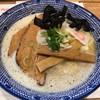 石原ラ軍団PLUS - 料理写真:中華蕎麦 鶏豚ハイカラ850円(税込)