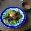 モンドカフェ - 料理写真:ランチ(肉味噌丼) @880