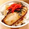 麺家 麺四郎 - 料理写真:半トロ肉めし