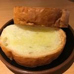 62855112 - セットのトースト