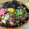 たこつぼ - 料理写真:焼肉丼  漬物付き