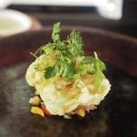 フェリチェリーナ - サクサクな根室産鱈白子のセモリナ粉フリット コリコリ野菜のマリネを添えて