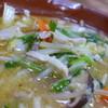 味の一番 - 料理写真:白菜、もやし、人参、韮、それにしいたけも!