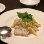 中国酒家 大三元 - イカと黄韮の炒め物